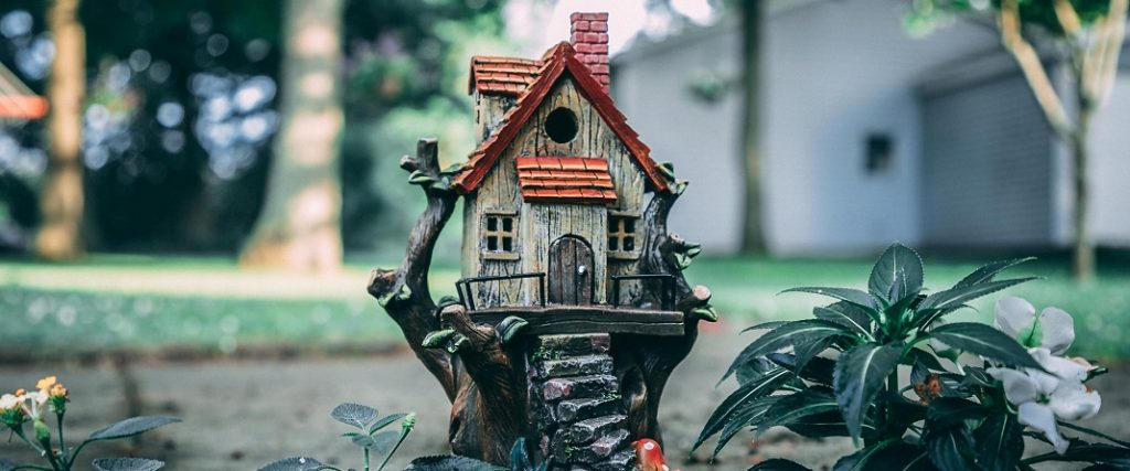 Image of a small house.